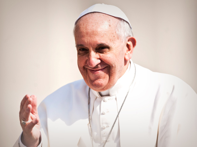 Pope-Francis-smiling-warmly